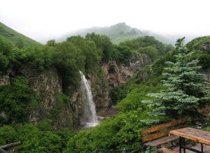 Медовые-водопады-1